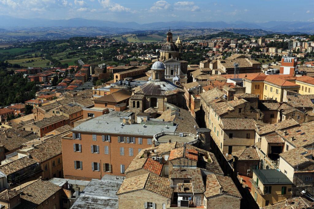 Veduta dall'alto della città di Macerata